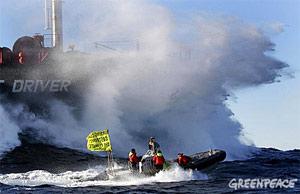 Accion de Greenpeace en Valencia