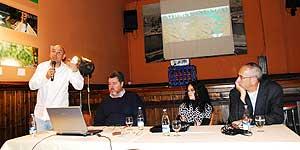 Primer acto en España de la lucha contra las represas en Patagonia