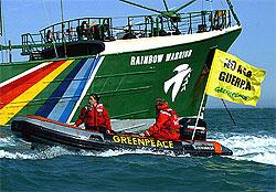 Activistas de Greenpeace contra la guerra de Iraq