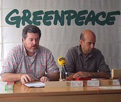 Rueda de prensa Gu�a de la buena madera/ R. Gómez