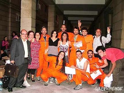 Activistas de Greenpeace liberados