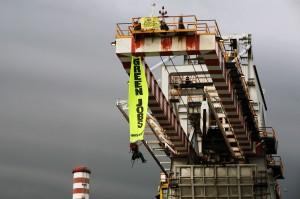 Activistas de Greenpeace en la Cumbre del G8 en Italia