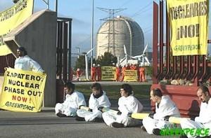 activistas-de-greenpeace-bloqu-3