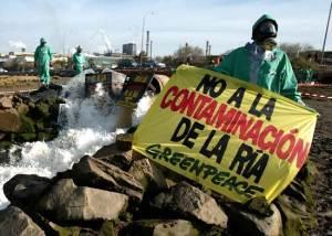 No a la contaminación en la ría